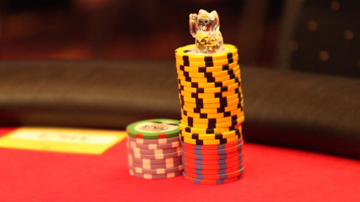 Pokerspiele – So spielen Sie Poker mit tieferen Taschen