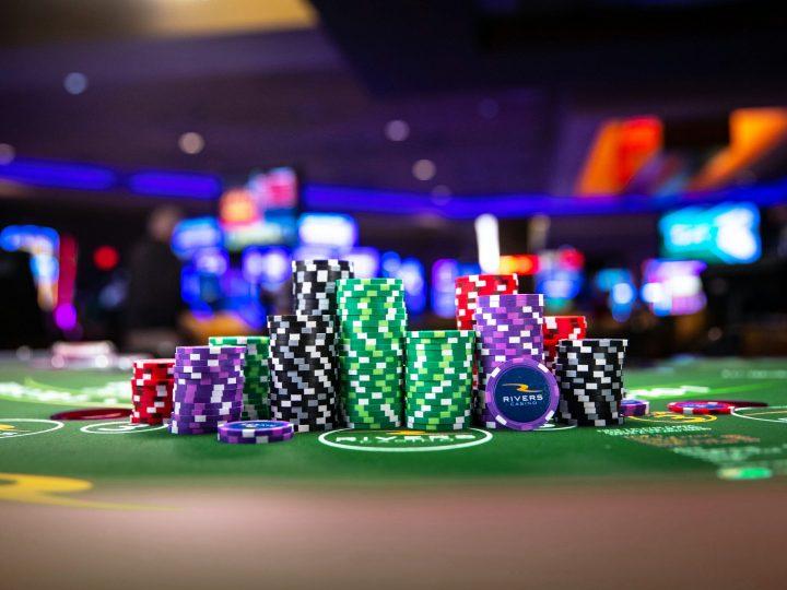 Gibt es eine Beziehung zwischen Glück im Casino und dem gewinnenden Slots-Maschinen?